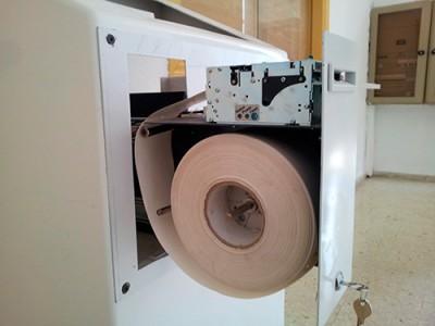 Impresora con cajón extraible